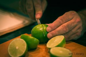 pisco sour recipe slicing limes